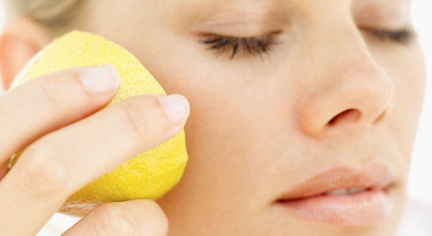 The Many Benefits of Using Lemon For Skincare